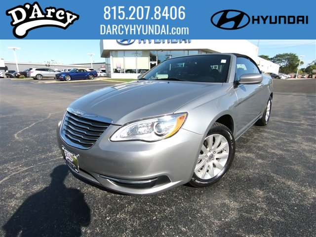 Pre-Owned 2013 Chrysler 200 Convertible Touring