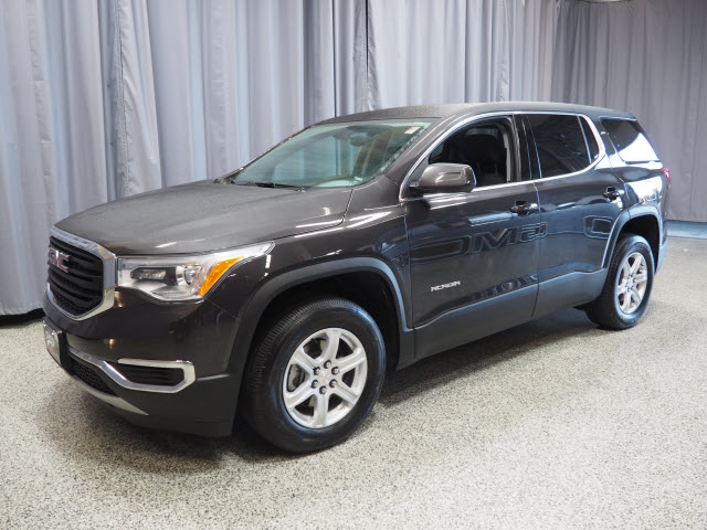 Pre Owned 2017 Gmc Acadia Sle Sle 1 4dr Suv In Joliet 36697 D